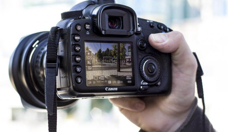 Best Touch Screen Dslr Cameras